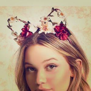 Flower 🌸 cat ear head band